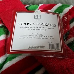Throw & socks set- red/green/pink/white